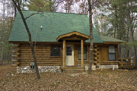 Prime Real Estate For Sale Rustic Log Cabin Home In Nature Download Free Architecture Designs Scobabritishbridgeorg
