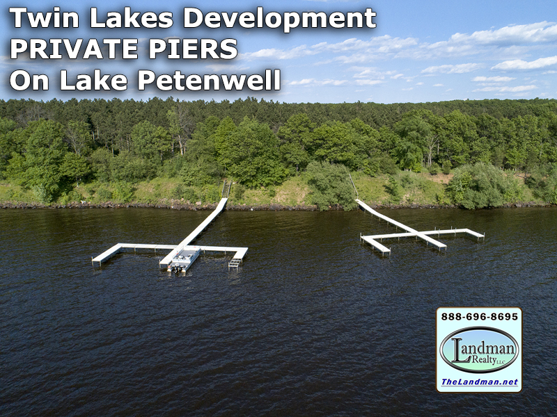 Twin Lakes Waterfront Owners Boat Slip PRIVATE Piers on Lake Petenwell