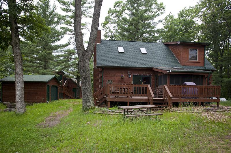 Log Home for Sale in WI.