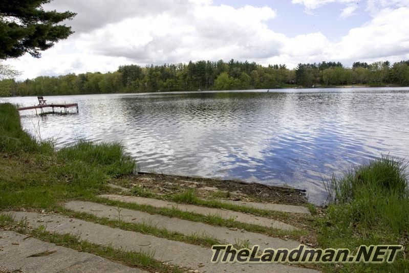 Arkdale Lake has 2 small boat launches