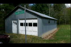 1858647, Garage with Well, Septic & Electric near Public Land