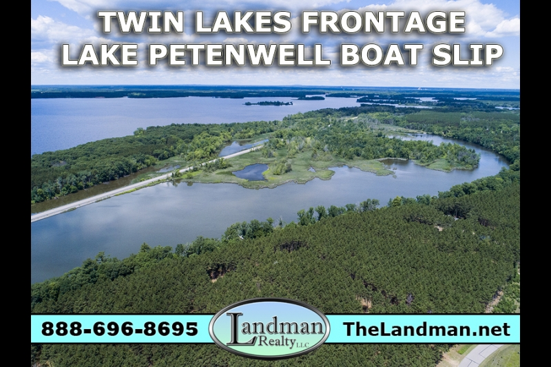 Twin Lakes Lot for Sale with Lake Petenwell Boat Slip