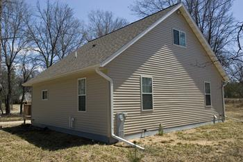 2 bedroom home near atv and snowmobile trails